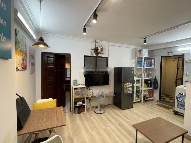 Căn hộ chung cư Miếu Nổi đầy đủ nội thất, hướng Đông Nam.