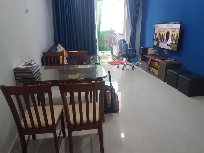 Căn hộ RichStar tầng 17 gồm 3 phòng ngủ, nội thất cơ bản.