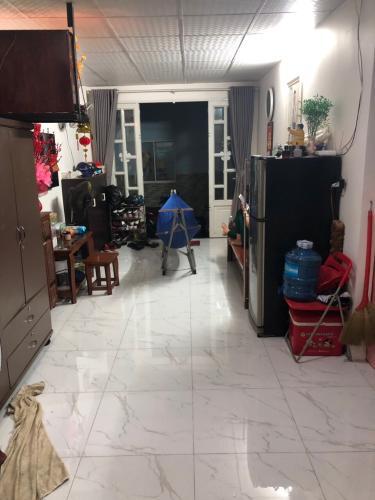 Phòng bếp nhà phố Nguyễn Trãi, Quận 1 Nhà phố hướng Tây Nam, sàn phòng ngủ lót gỗ, diện tích 51m2.
