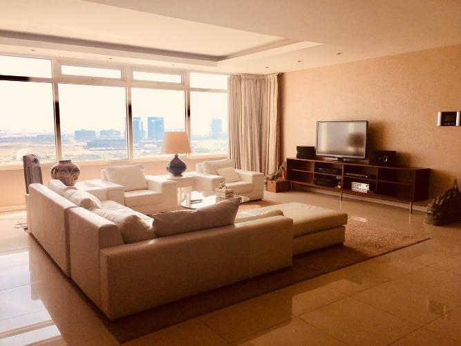 Căn hộ Saigon Pearl tầng 17 view sông thoáng mát, đầy đủ nội thất.