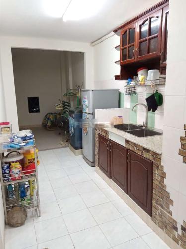 Phòng bếp chung cư Mỹ Thuận, Quận 8 Căn hộ chung cư Mỹ Thuận đầy đủ nội thất, hướng Đông Nam.