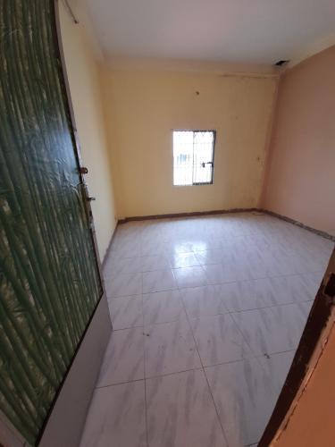 Nhà phố Quận Gò Vấp Nhà phố mặt tiền đường Lê Quang Định diện tích 100m2, không nội thất.