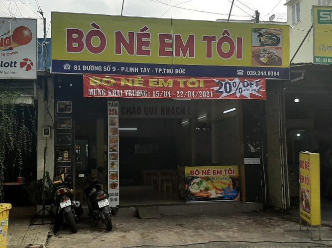 Nhà phố mặt tiền đường số 9, cách đường Phạm Văn Đồng 230m tiện di chuyển.