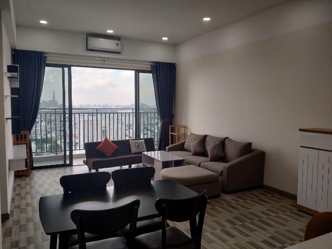 phòng khách căn hộ đảo kim cương Căn hộ Đảo Kim Cương tầng trung, đón view thành phố sầm uất.