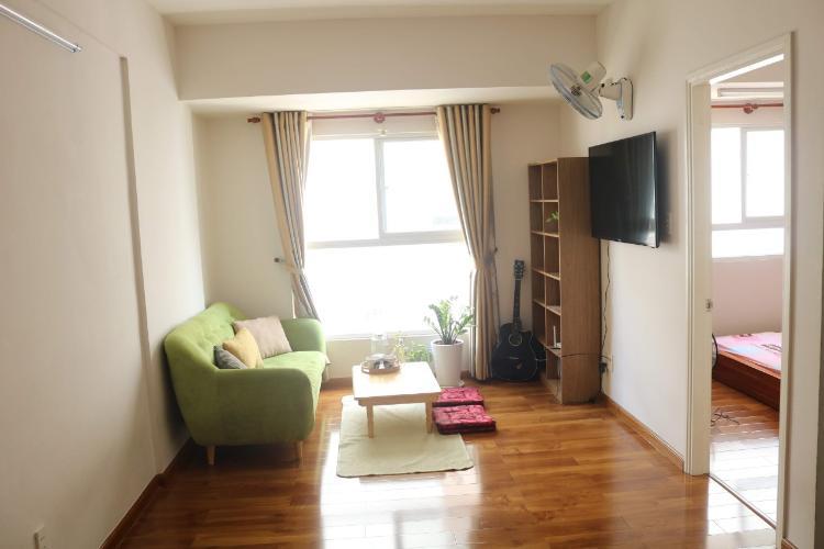 Căn hộ EHome 3 tầng trung, đầy đủ nội thất, 2 phòng ngủ.