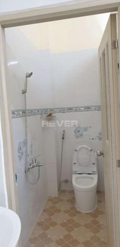Phòng tắm nhà phố Phan Anh, Tân Phú Nhà phố mới xây hướng Đông, hẻm đường nhựa rộng rãi.