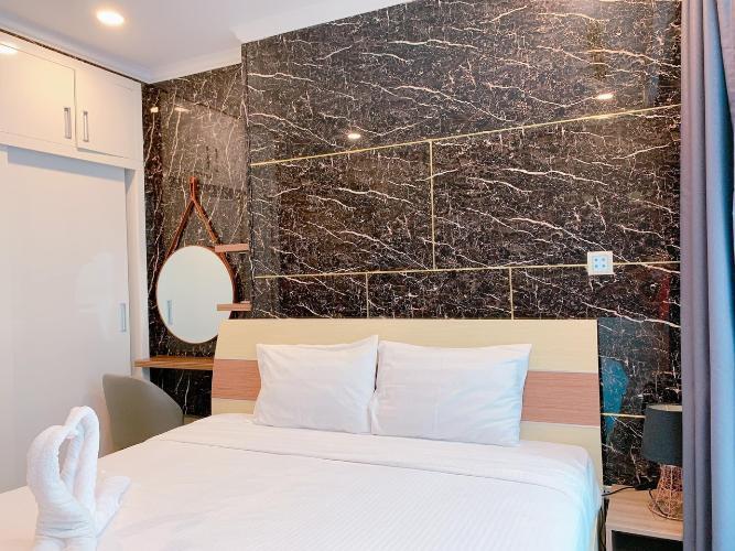 Căn hộ cao cấp Vinhomes Central Park tầng 43, có 1 phòng ngủ.