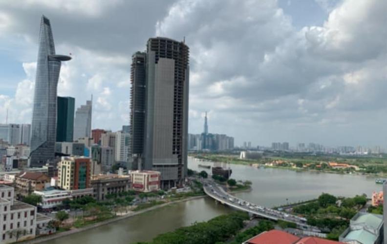 View căn hộ Saigon Royal Căn hộ Saigon Royal hướng cửa Tây Nam, nội thất cơ bản.