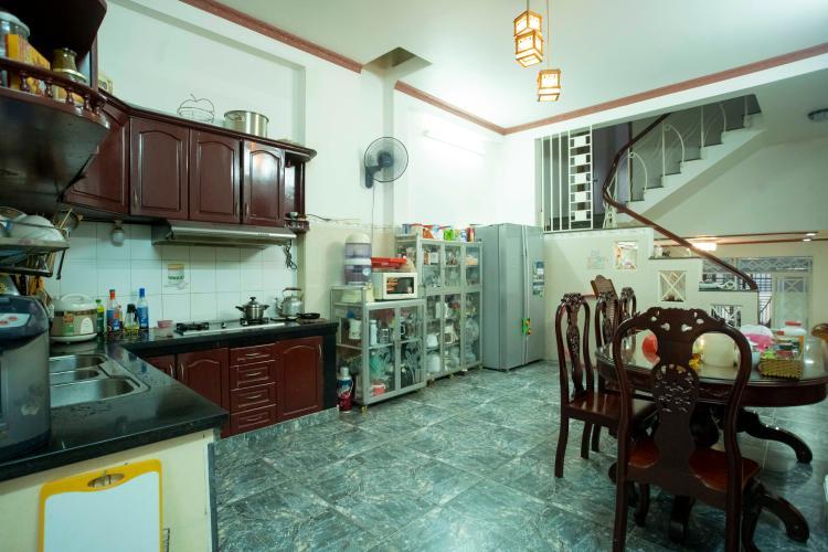 Phòng bếp nhà Hoàng Hoa Thám, Bình Thạnh Nhà phố Hoàng Hoa Thám 80.5m2, sân thượng thoáng mát.