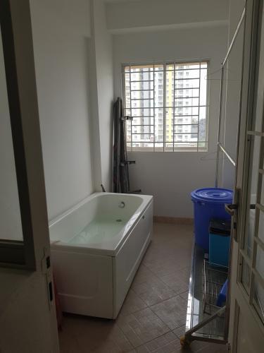 Căn hộ chung cư Mỹ Thuận Căn hộ chung cư Mỹ Thuận tầng trung view nội khu yên tĩnh, thoáng mát.