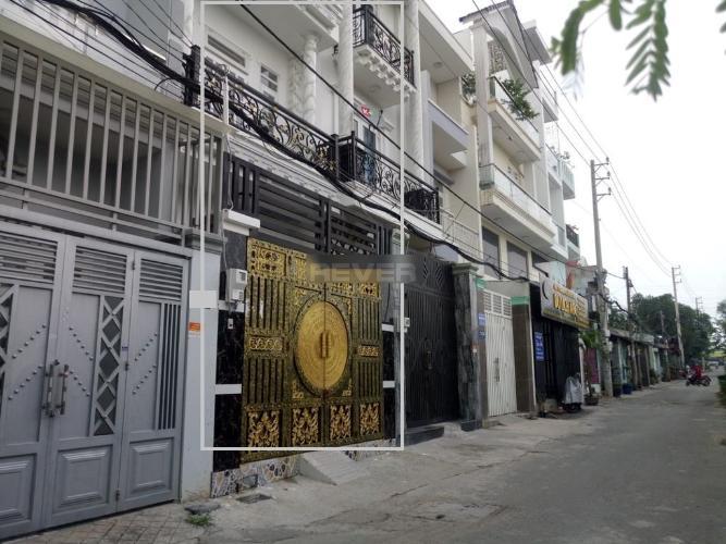 Nhà phố 2 mặt tiền hướng Đông, diện tích đất 42.8m2, đường nhựa 8m.