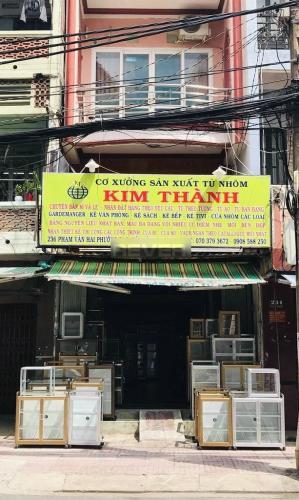 Mặt bằng kinh doanh đường Phạm Văn Hai diện tích 52m2, không nội thất.
