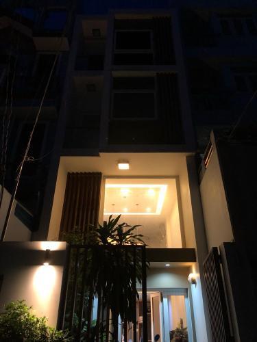 Nhà phố Bình Thạnh Bán nhà phố Đường Đinh Bộ Lĩnh, phường 26, Bình Thạnh, diện tích đất 85.1m2, diện tích sử dụng 246.2m2.