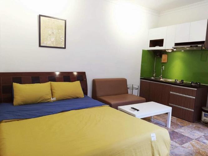 Phòng ngủ căn hộ dịch vụ Quận 10 Cho thuê căn hộ dịch vụ đường Ba tháng Hai, Quận 10, diện tích 35m2, cách Nhà hát Hòa Bình 200m