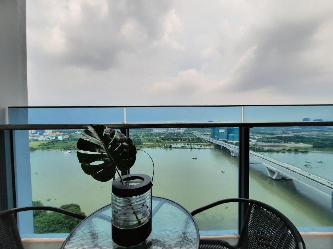 Căn hộ tầng 11 Sunwah Pearl nội thất cơ bản, view trực diện sông Sài Gòn