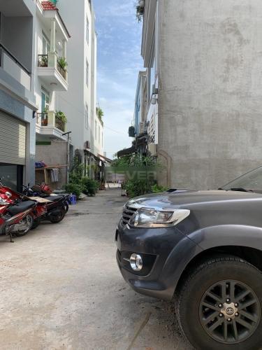 Đường nhà phố Lê Đức Thọ, Gò Vấp Nhà phố hướng Đông Nam, hẻm xe hơi đậu trước nhà khu an ninh.