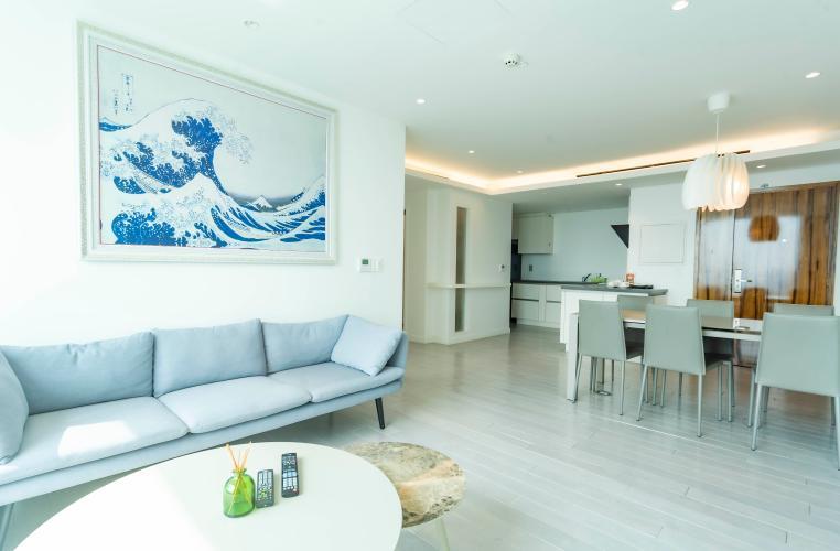 Căn hộ Léman Luxury Apartments ban công hướng Đông Nam, đầy đủ nội thất.