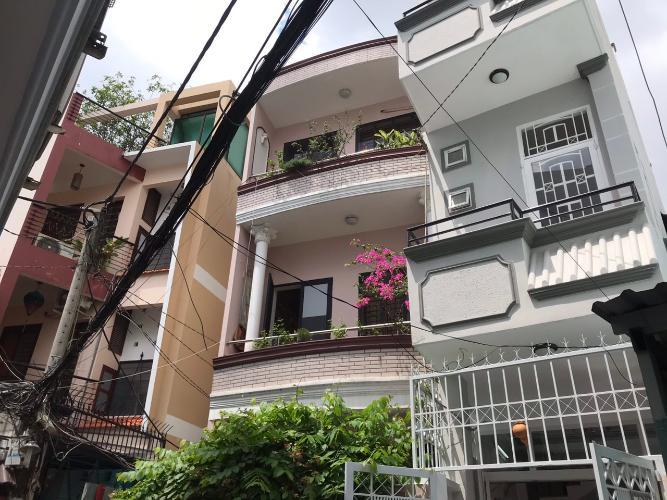 Bán nhà mặt tiền Duy Tân phường 15 quận Phú Nhuận, diện tích đất 59.4m2, diện tích sàn 157.1m2