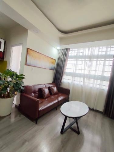Căn hộ 3 phòng ngủ Sunview Town tầng 9 view thoáng mát, đầy đủ nội thất.