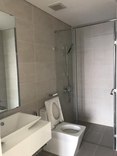 toilet căn hộ Masteri Millennium Căn hộ Masteri Millennium đầy đủ nội thất, ban công hướng Tây Nam.