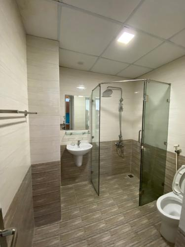nhà tắm căn hộ Lexington Căn hộ Lexington Residence đầy đủ nội thất, view đại lộ.