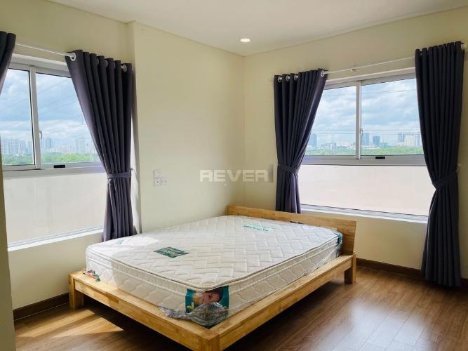 Phòng ngủ căn hộ Dragon Hill 2, Nhà Bè Căn hộ Dragon Hill 2 tầng 4, phòng khách đón gió và nắng tự nhiên.