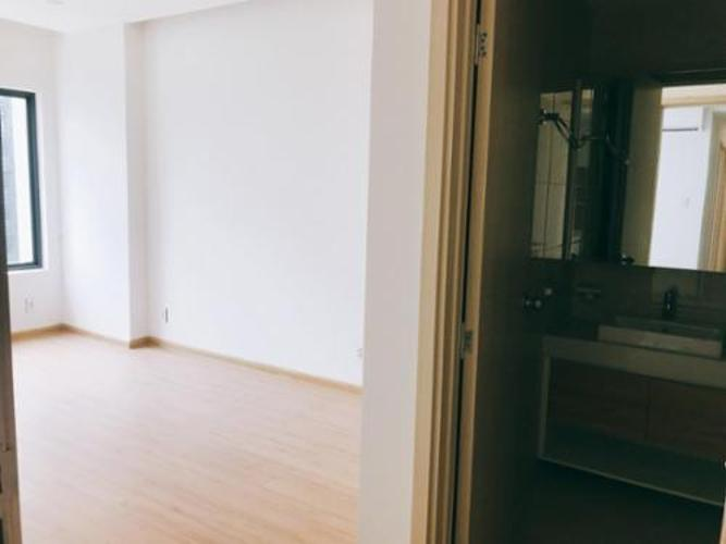 Căn hộ New City Thủ Thiêm tầng 17, đầy đủ nội thất và tiện ích.