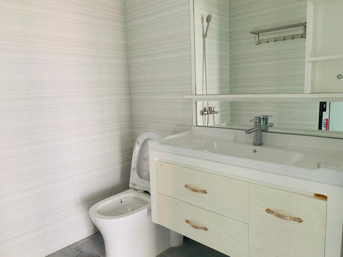 Phòng tắm nhà phố quận 2 Cho thuê nhà nguyên căn MT Đồng Văn Cống, Quận 2, 4 lầu 1 lửng, giao thông thuận tiện