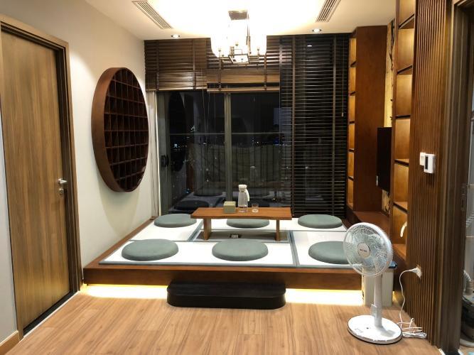 Căn hộ Eco Green Saigon tầng 36 thiết kế hiện đại, đầy đủ nội thất.