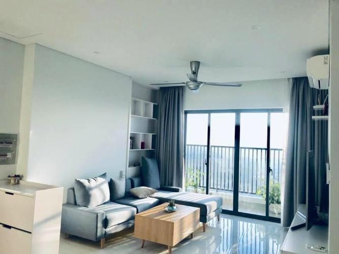 Phòng khách D-Vela, Quận 7 Căn hộ D-Vela tầng trung, nội thất cơ bản tiện nghi.