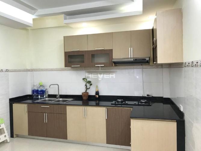 Phòng bếp nhà phố Trần Văn Đang, Quận 3 Nhà phố hướng Đông Nam, trước nhà hẻm nhỏ an ninh, yên tĩnh.