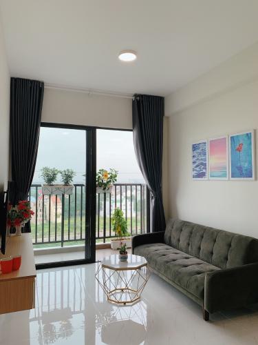 Căn hộ góc Safira Khang Điền tầng 9 có sân vườn rộng rãi, đón gió mát.