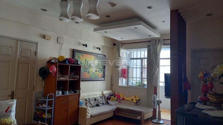 Căn hộ chung cư Lê Thành hướng Đông, đầy đủ nội thất.