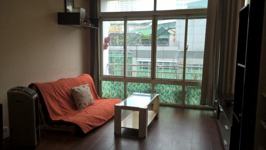 Căn hộ Tản Đà Court tầng thấp, đầy đủ nội thất, view nội khu.