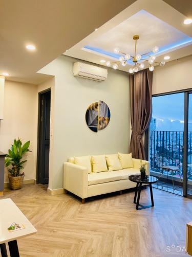 Căn hộ tầng cao Masteri Thảo Điền view Landmark 81, đầy đủ nội thất.