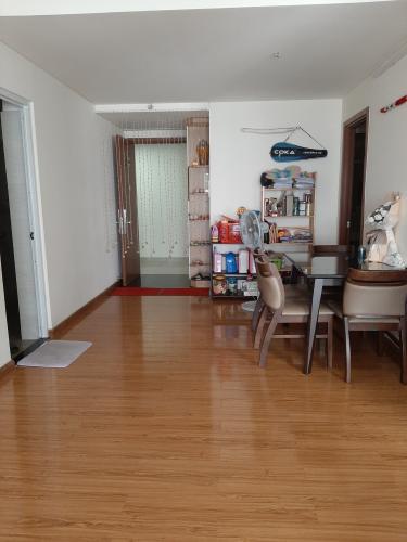 Không gian Căn hộ Flora Fuji , Quận 9 Căn hộ Flora Fuji tầng trung view thoáng mát, nội thất đầy đủ.