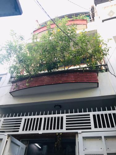 Bán nhà phố hẻm 142 đường Cô Giang phường 2 quận Phú Nhuận, 3 phòng ngủ, diện tích đất 40.9m2.