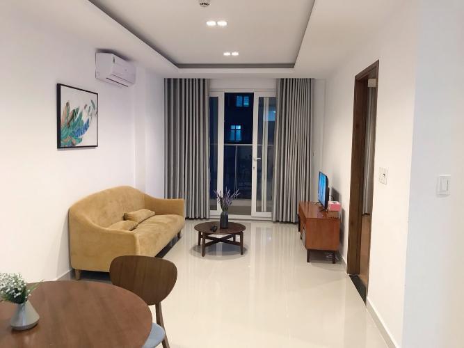 Căn hộ Sky Center tầng 5 đầy đủ nội thất, view nội khu thoáng mát.