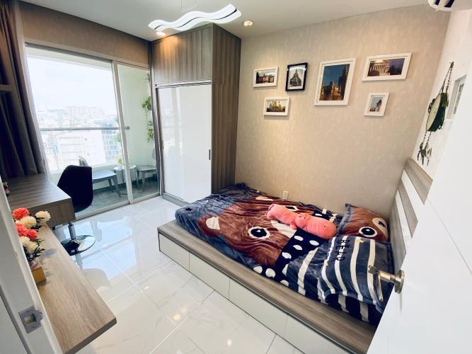 Phòng ngủ Terra Royal, Quận 3 Căn hộ Terra Royal nội thất cao cấp, ban công hướng Đông Nam.