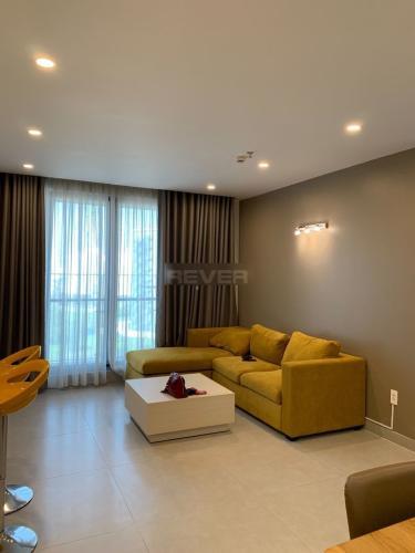 Căn hộ tầng 8 Green Valley view thoáng mát, đầy đủ nội thất.