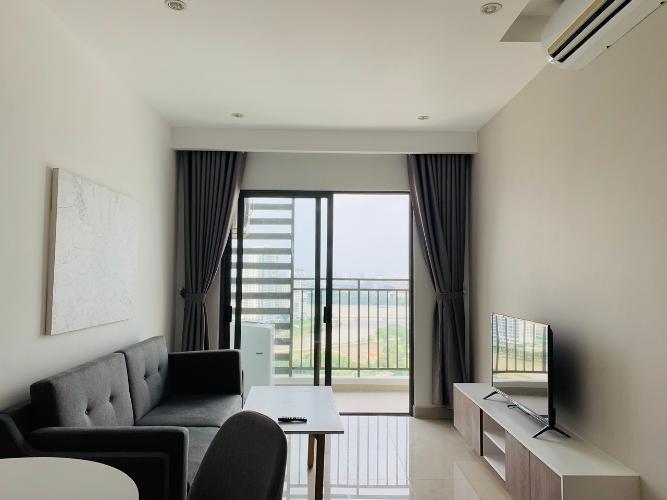 Căn hộ tầng cao có đầy đủ nội thất, view thành phố The Sun Avenue.