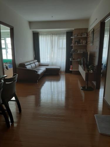 Phòng khách , Căn hộ Flora Fuji , Quận 9 Căn hộ Flora Fuji tầng trung view thoáng mát, nội thất đầy đủ.