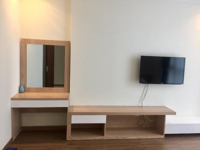 Phòng khách Vinhomes Central Park Căn hộ Vinhomes Central Park nội thất đầy đủ, view đón gió.