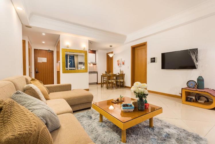 Căn hộ tầng 21 The Manor gồm 2 phòng ngủ, đầy đủ nội thất.