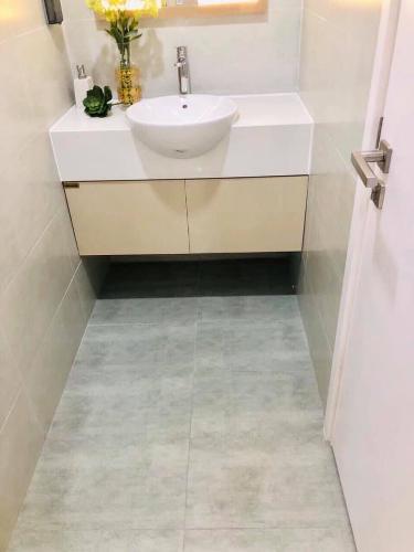 Toilet căn hộ RICCA Bán căn hộ 1 phòng ngủ Ricca Quận 9, tầng 12, diện tích 56m2, chưa bàn giao