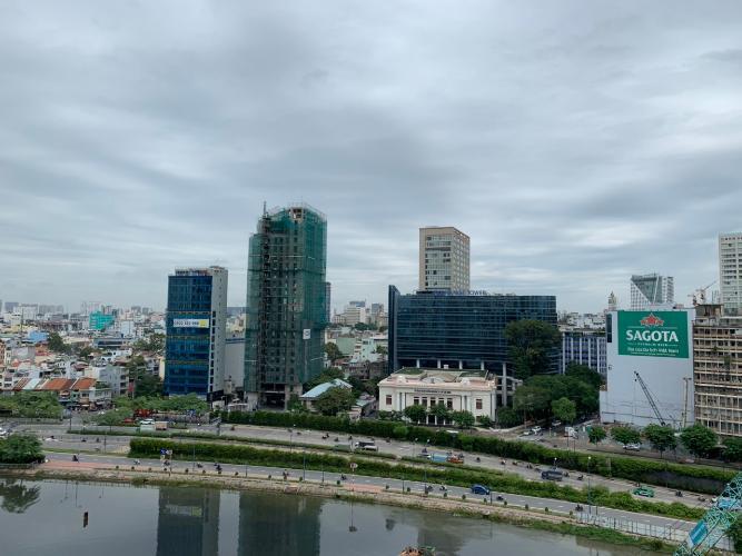 View ban công Saigon Royal, Quận 4 Căn hộ Saigon Royal ban công hướng Tây Bắc, đón view sông.
