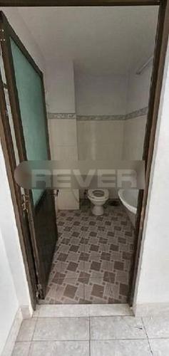 Phòng tắm nhà phố Quận Bình Tân Nhà phố hẻm xe hơi Quận Bình Tân gồm 1 trệt 2 lầu, có sổ đỏ.