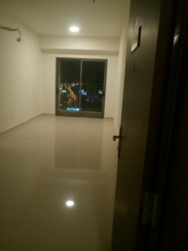Căn hộ The Sun Avenue tầng cao, diện tích 51.14m2, nội thất cơ bản.