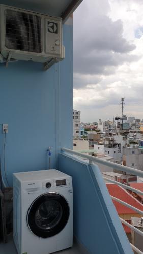View căn hộ chung cư 44B Trần Quang Khải Căn hộ chung cư 44B Trần Quang Khải view thành phố, bờ kè Hoàng Sa.