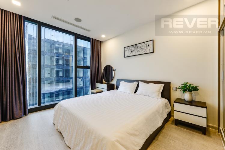 Phòng ngủ 2 căn hộ Vinhomes Golden River Cho thuê căn hộ Vinhomes Golden River 2PN, tầng cao, diện tích 72m2, đầy đủ nội thất, view sông Sài Gòn